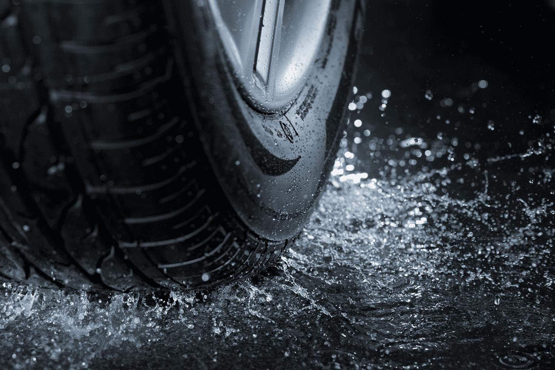 Allwetterreifen_kaufen_Reifen_Regen